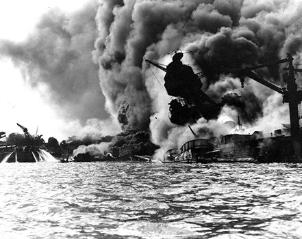 USS Arizona burns